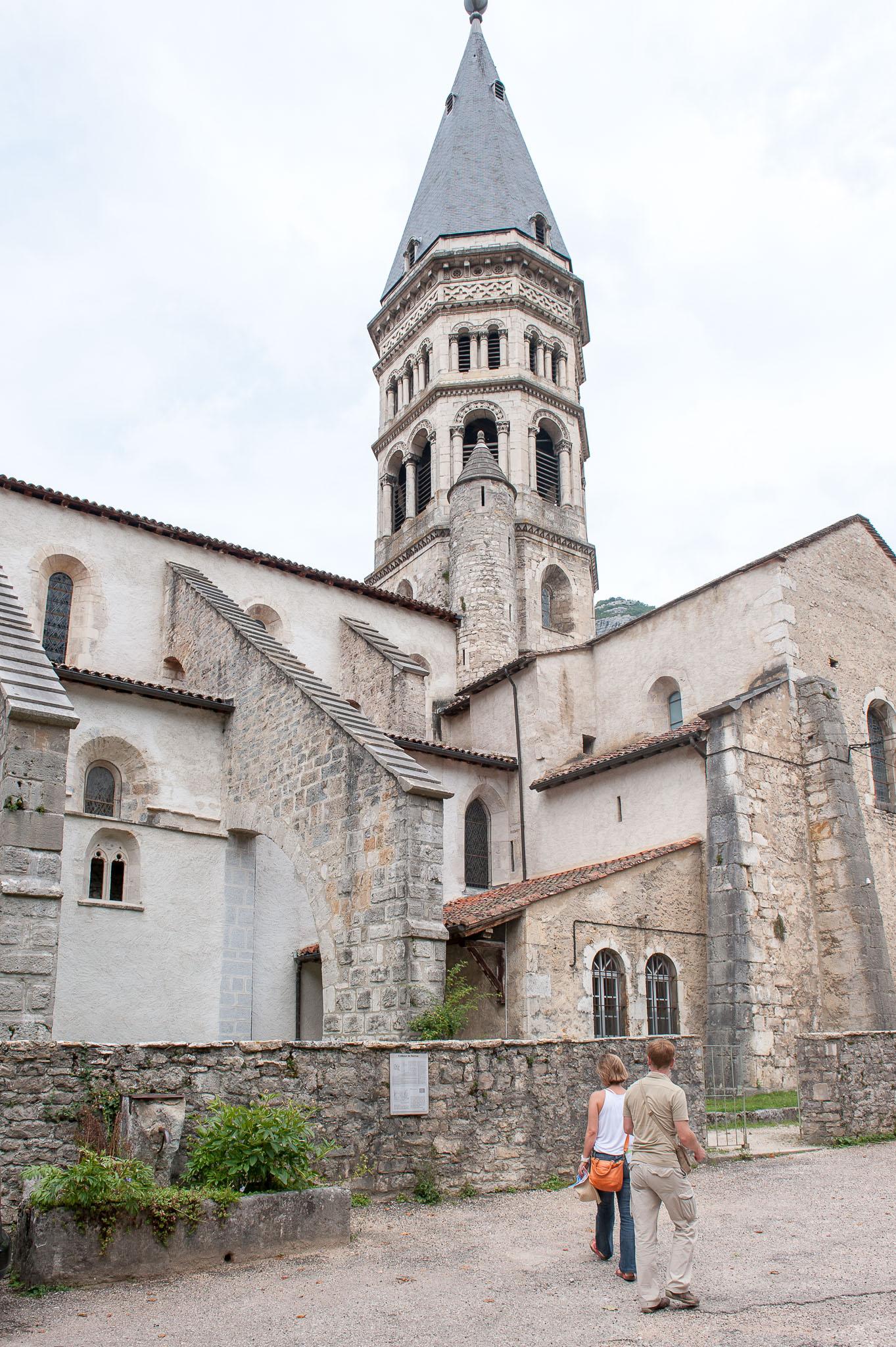 L 39 abbatiale saint michel nantua haut bugey tourisme - Office de tourisme nantua ...