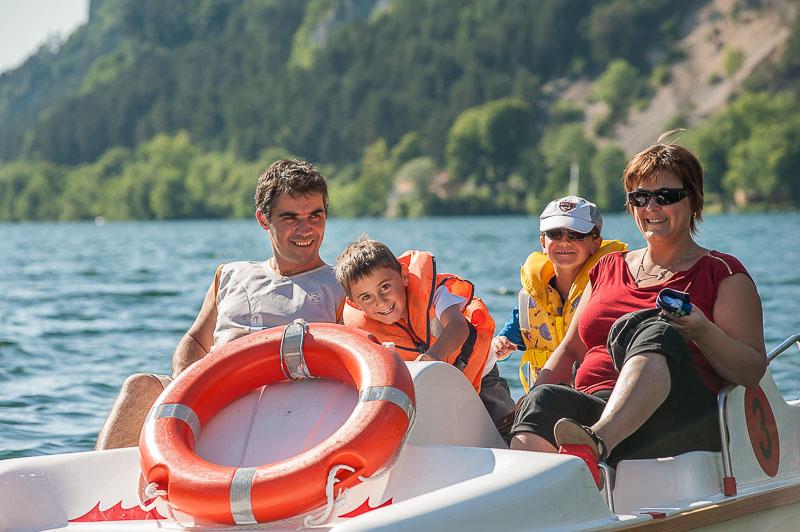 Lac de nantua dans l 39 ain baignade et d tente haut bugey tourisme - Office de tourisme nantua ...