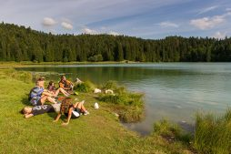 Lac Genin Charix